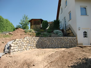 Top Trockenmauern, Natursteinmauern aus Granit, Basalt BK84